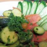 ズッキーニとトマトとナスの料理